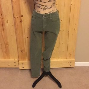 🦅American Eagle Olive Green Jeggings